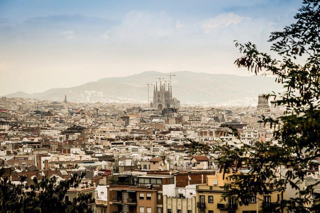 ¿Qué beneficios tiene el dominio .barcelona?