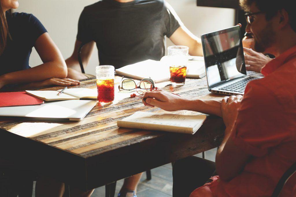 ¿Por qué un creador de webs gratuito puede perjudicar tu negocio?
